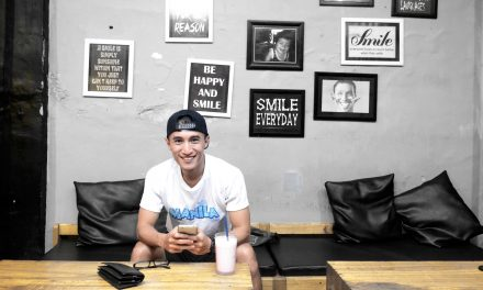 SMILE EVERYDAY CAFE – KEKINIAN DAN INSTAGRAMABLE BANGET